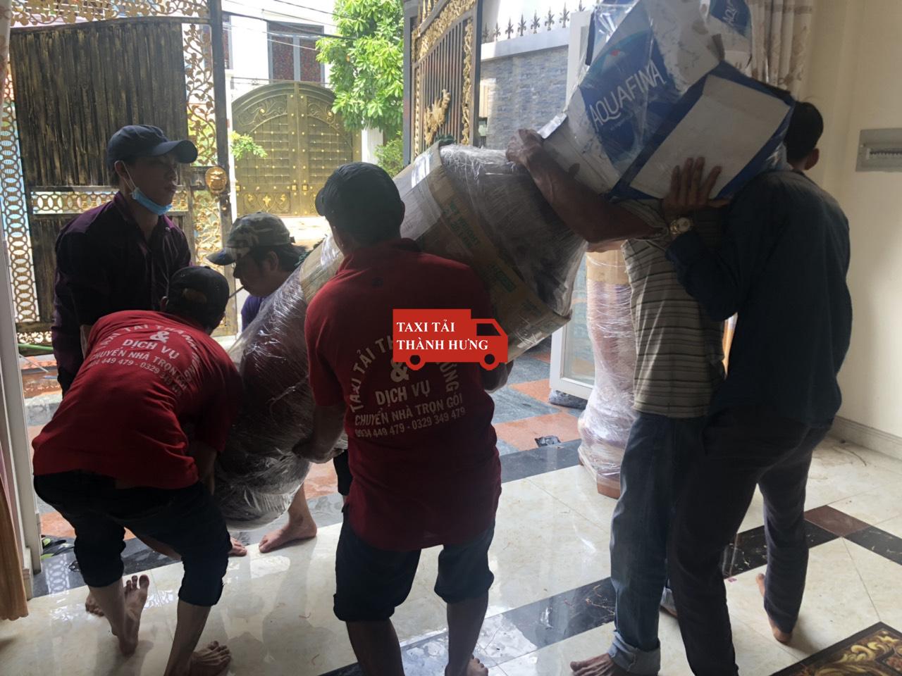 chuyển nhà thành hưng,Taxi tải Thành Hưng chuyển đồ nhanh quận 4