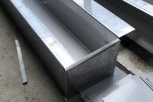 Lắp ráp các loại máng xối inox 304, 201, 316