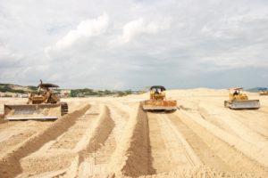 Bất cứ công trình xây dựng lớn hay nhỏ đều không thể thiếu vật liệu là cát xây dựng